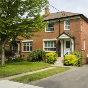 Beautiful Three Bedroom Home Near Bloor West Village