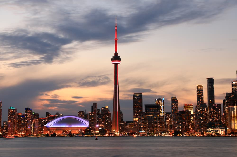 5 Reasons to Invest in Real Estate in Toronto and the GTA