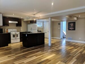 Spacious and Bright Two Bedroom in South Etobicoke (Rathburn & Renforth)