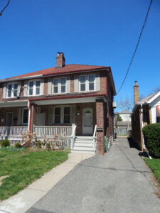 One Bedroom Basement Apartment (Avenue & Lawrence)